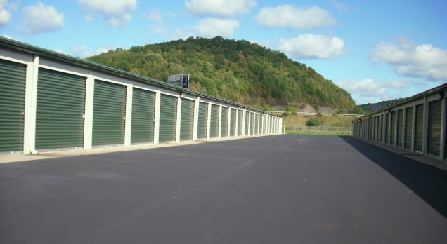 Storage Units blacktop